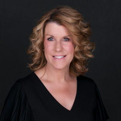 Wendy Wright Headshot 2020